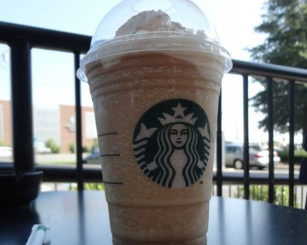 cinnamon toast crunch frappuccino