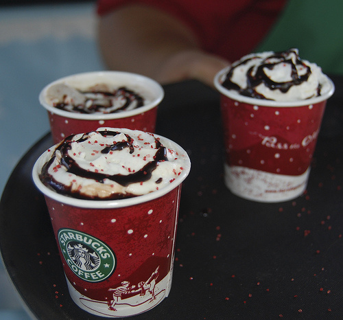 starbucks-holiday-drinks-peppermint-mocha1